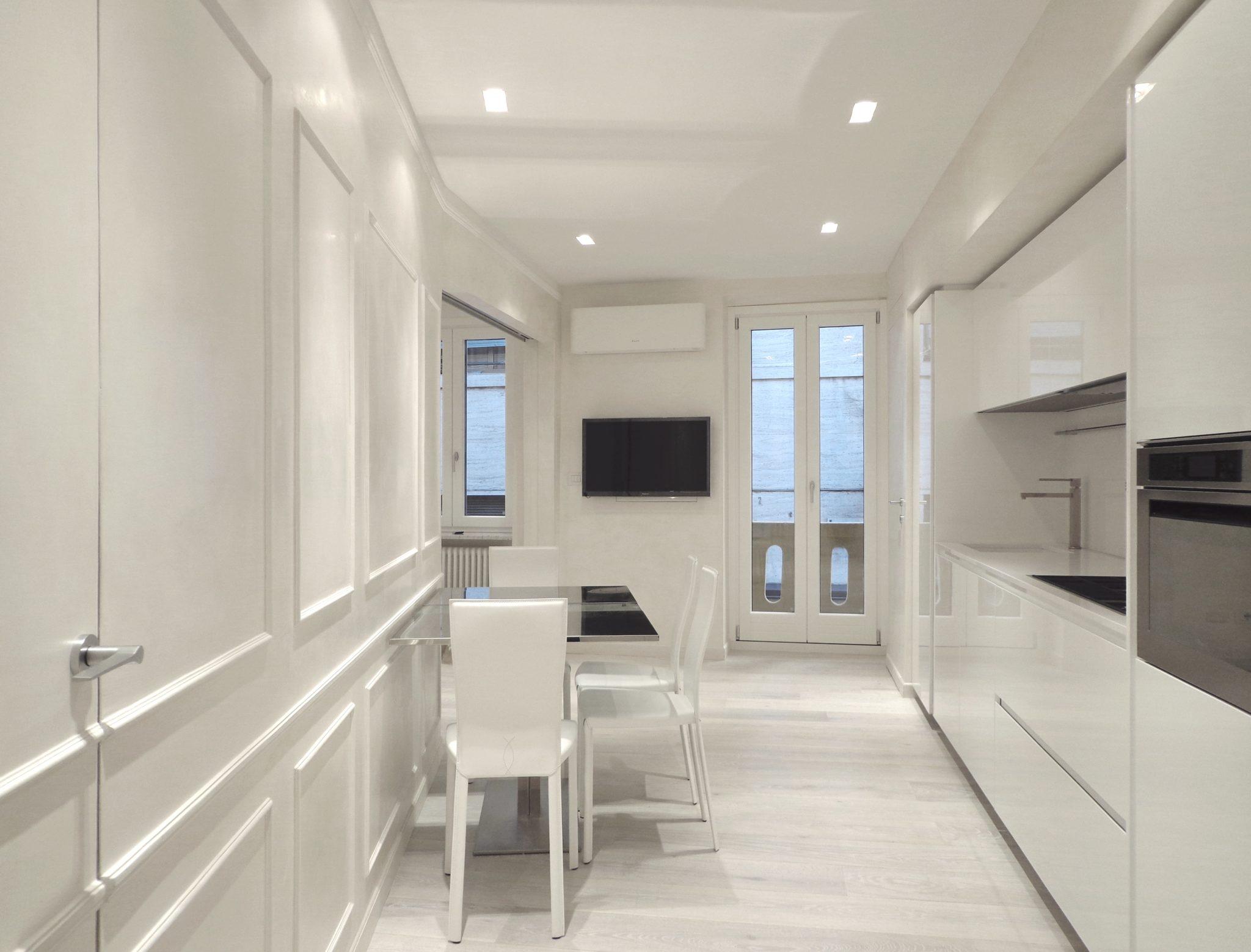 Total white per una casa vacanze postmoderna benvenuti for Casa moderna total white